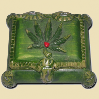 Wooden Stash Box Weed Leaf Green
